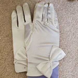 Brand new white gloves